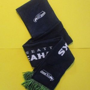 Seattle Seahawks Scarf with Hoodie and Pockets